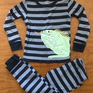 Simple joys made by Carter's pajama set